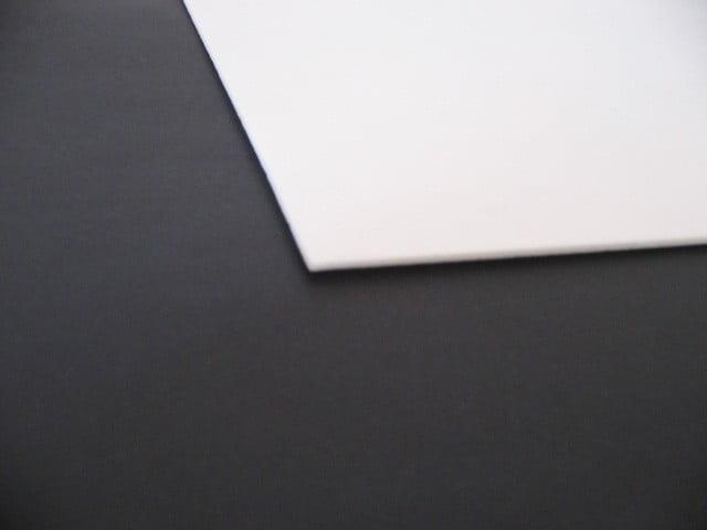 Placa XPS Depron Branca Crua - 2BC4V-XPS - 22,5cm x 30cm x 2mm (Varejo= Pedidos abaixo de 10 unidades)